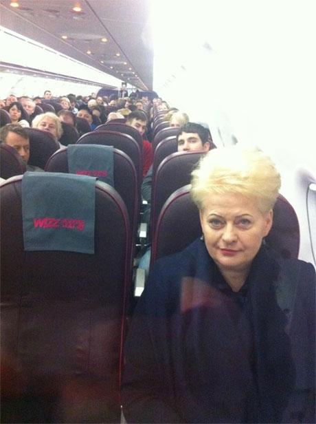 президент Литви літає лоу-костами