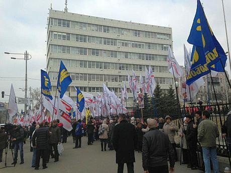 Митинг оппозиции под КC за выборы в Киеве