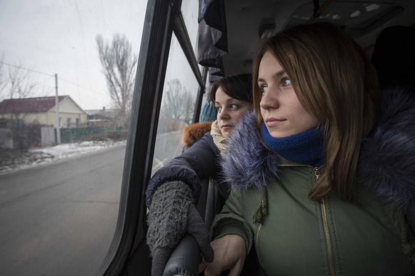 Катерина и Мария в автобусе Славянск-Краматорск