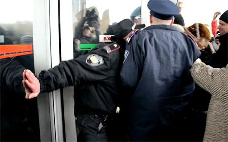 http://img.pravda.com.ua/images/doc/d/2/d276127-11.jpg