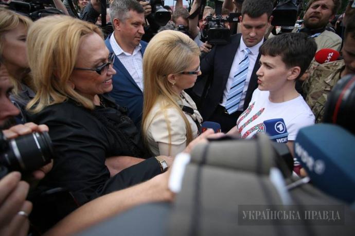 Тимошенко зустрічає Савченко 25 травня