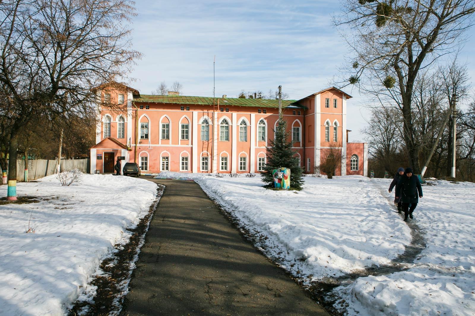 Пікассо і Малевич у Пархомівці. Як українське село стало центром світового мистецтва