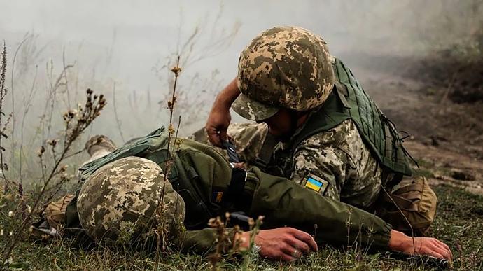 Війна на Сході: один військовий загинув, троє постраждали | Українська  правда