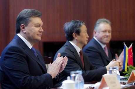 Янукович пригласил в Украину китайских инвесторов и заинтересовался опытом проведения Олимпиады