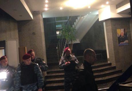 Яценюк прошел в ГПУ. Фото Ольги Лаппо