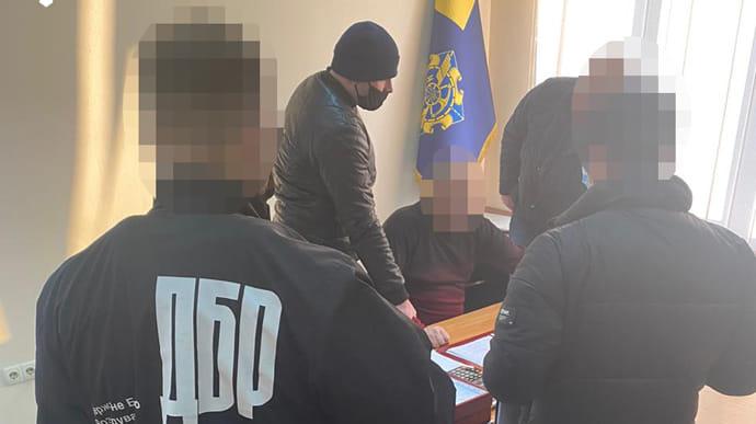 Топ-чиновника Укртрансбезпеки затримали за хабарі | Українська правда