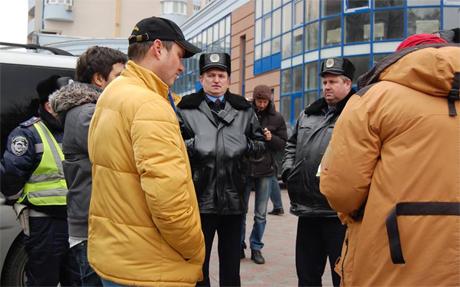 Виписувати штраф Пояркову прибув керівник ДПС Києва Юрій Лукіша