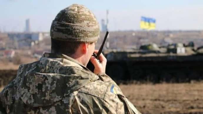 Доба на Донбасі: 8 обстрілів, один військовий загинув