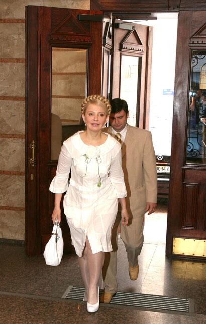 Юлія Тимошенко спішно прибула на зустріч.