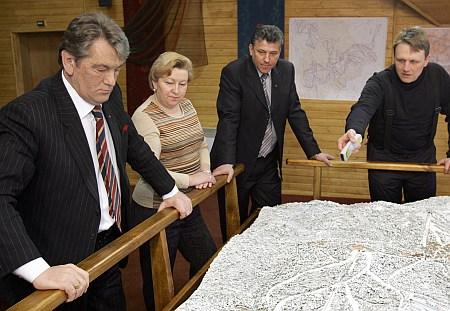 Завжди з президентом. Фото Михайла Лазаренка
