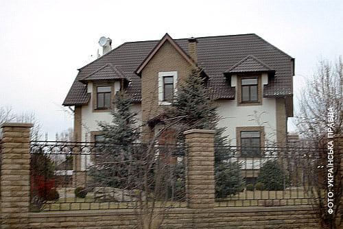 Будинок, де квартирується Довгий